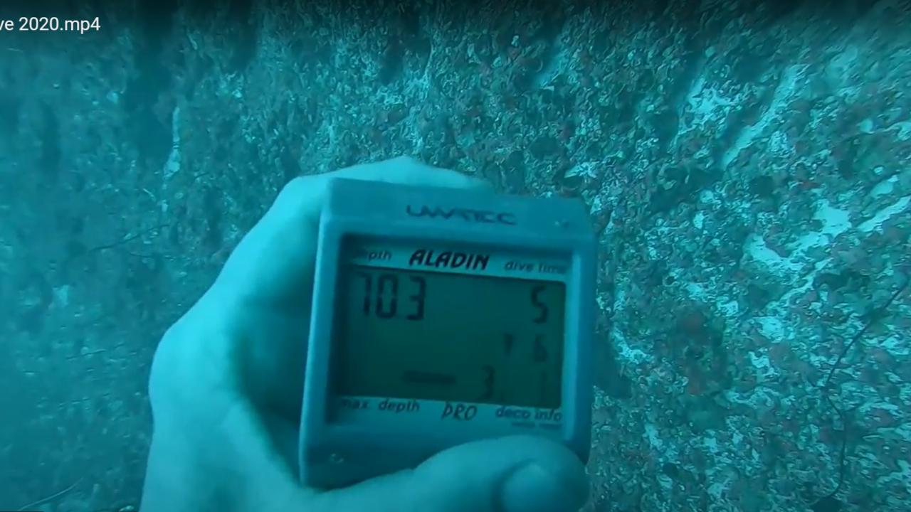 Computer subacqueo - Dive computer - profondità raggiunta in immersione - depth the dive - intotheblue.it